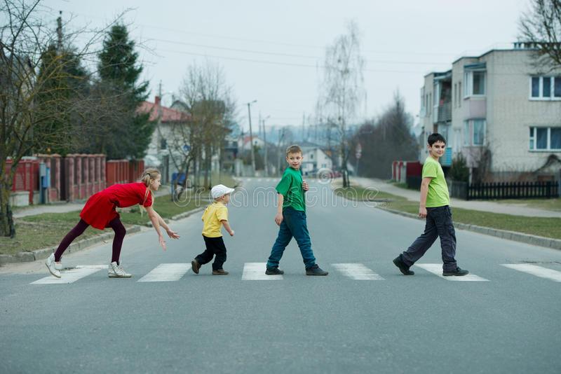 la rue aux enfants.